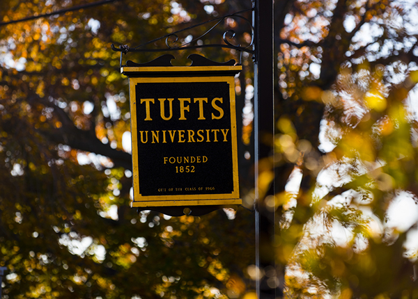 Tufts Ranks 12th in Colleges That Are the Most Generous to the Financially Neediest Students
